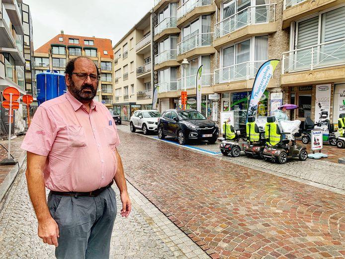 Eddy Louwie werd uit de gemeenteraad gezet, omdat hij zogezegd niet meer in Nieuwpoort woont.