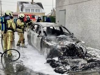 """Felle autobrand doet voedingsgroothandelaar Lesage terugdenken aan allesverwoestend inferno: """"Gelukkig is het bedrijf nu niet getroffen"""""""