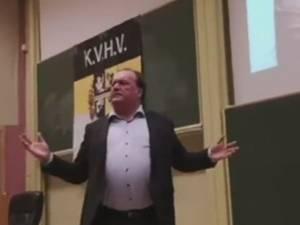 1.200 signalements en un jour après les propos misogynes du chirurgien Jeff Hoeyberghs à Gand