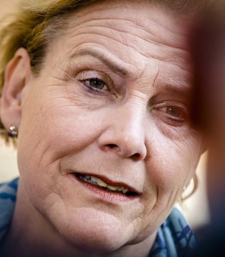 Luchtmobiele Brigade brengt minister naar Deventer