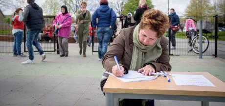 Salaris stakende docenten basisscholen Geldrop gestopt