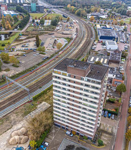 Bewoners Veerallee Zwolle hoopvol: 'Krijgen we straks een dokter, sportschool en supermarkt?'