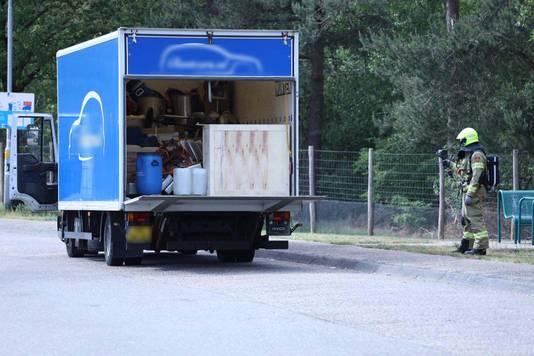 De bestelwagen kort nadat die werd stilgezet langs de A12 bij Arnhem.