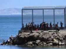 """Quelque 2.700 migrants parviennent à atteindre Ceuta, enclave espagnole au Maroc: un """"record"""""""