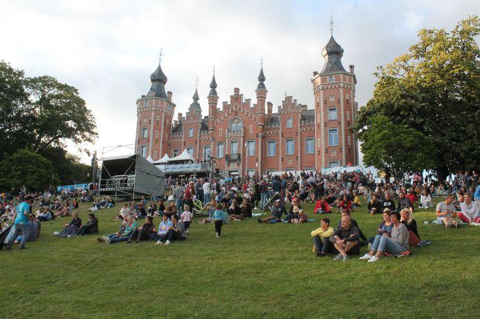 Meer dan 10.000 festivalgangers komen jaarlijks naar het Vijverfestival.