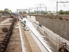 Werk aan het spoor tussen Zwolle en Herfte: bussen in plaats van treinen in meivakantie