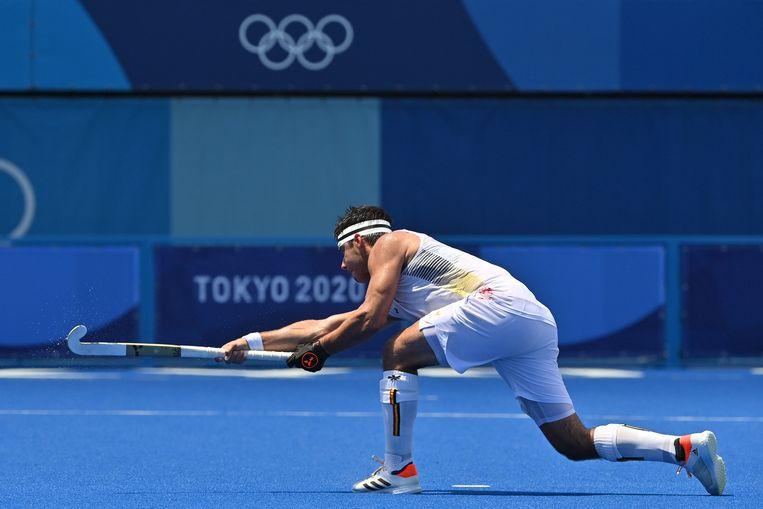 Strafcornerspecialist Alexander Hendrickx in actie op de Spelen van Tokio. Beeld BELGA