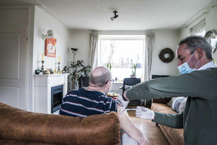 Veel huisartsen stellen nu minder energie te hebben dan vóór de coronapandemie. Beeld Siese Veenstra/ANP