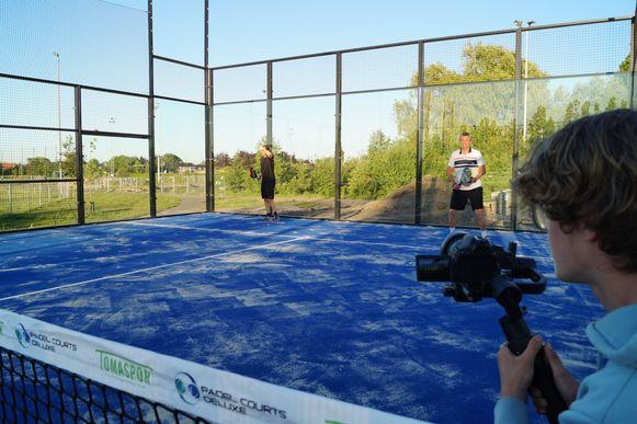 Dinsdagavond werd de eerste padelwedstrijd in Wingene in beeld gebracht.