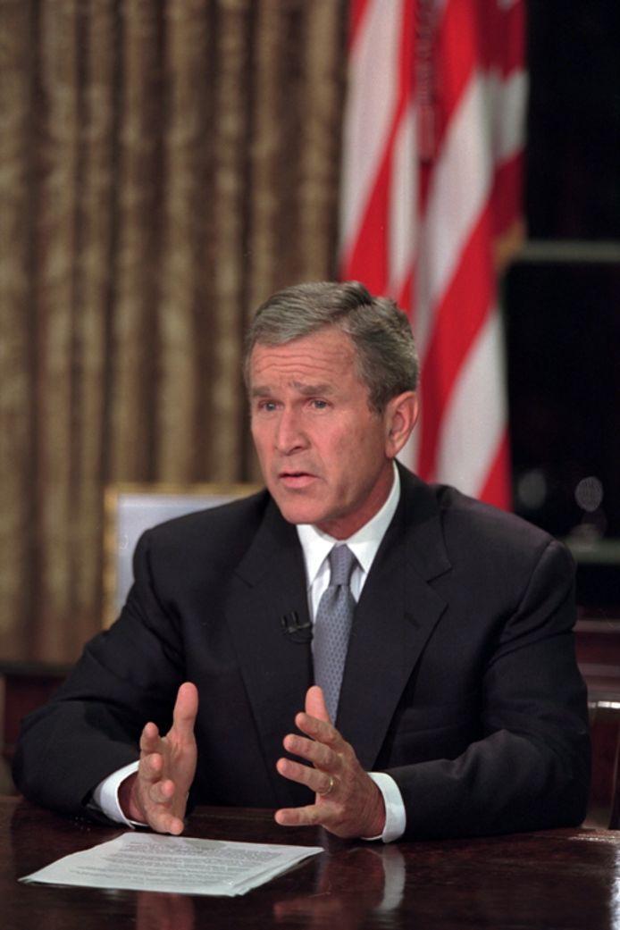 President George W. Bush spreekt de natie toe, na de aanslagen van 9/11.