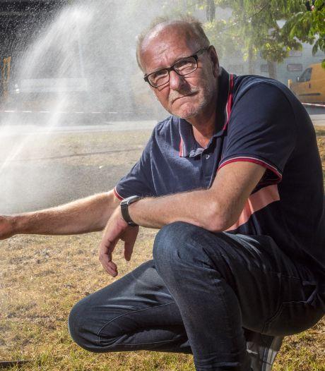 Dorre tuin of geel gazon? Jaap, de beste grasmeester van ons land, weet raad: 'Voer de wormen!'