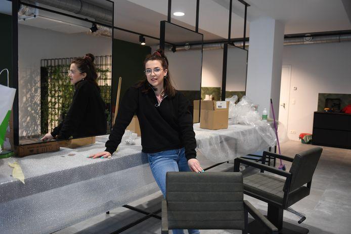 Silke van Hyfte opent zaterdag haar nieuw kapsalon Geknipt!