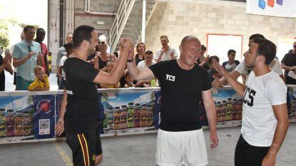 Carrasco ontbreekt op eigen streetsoccertornooi, maar burgemeester Bonte toont zijn voetbalkunstjes