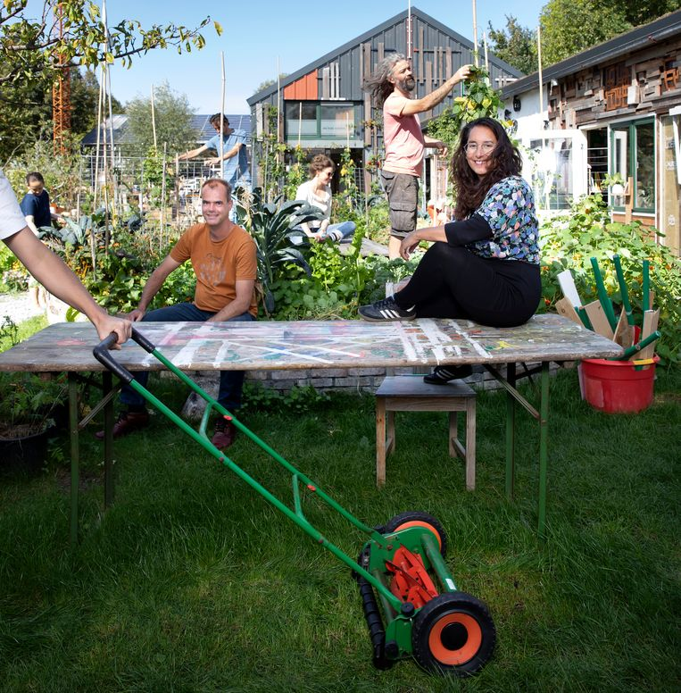 Aan tafel: Taco Jansonius en Bianca Ernst.  Beeld Judith Jockel
