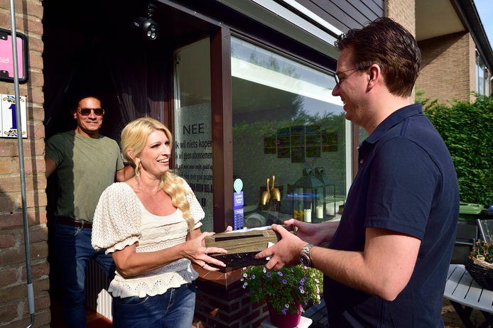 Jeffrey en Monique Schavemaker uit Reeuwijk hebben een HomerrPunt aan huis.