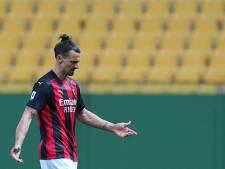 Ibrahimovic exclu pour avoir insulté l'arbitre mais cela n'arrête pas l'AC Milan