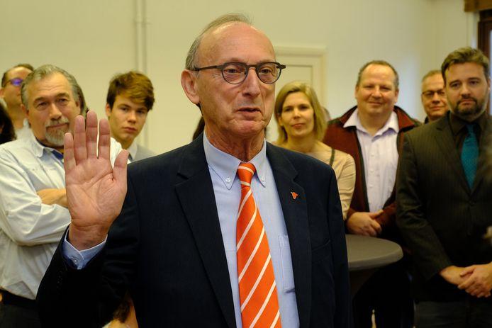 """Liers burgemeester Frank Boogaerts belooft plechtig dat hij in februari geen druppel alcohol zal drinken: """"Het is een eerder symbolisch engagement, want ik drink sowieso niet."""""""