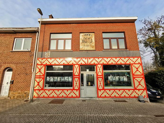Achter het Bierhuis van Oud Beersel schuilt een mooie kriekengaard.