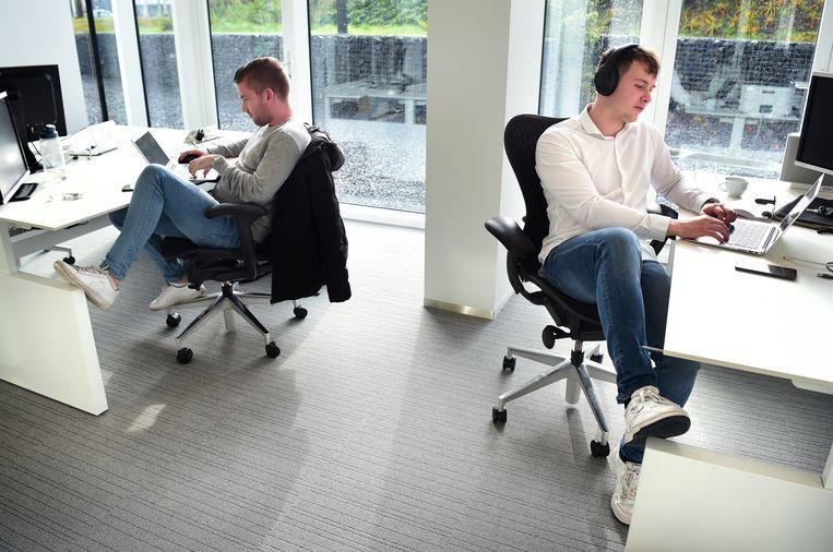 Drie op de vijf Nederlanders die CNV polste ziet een kortere werkweek wel zitten. Beeld Marcel van den Bergh / de Volkskrant