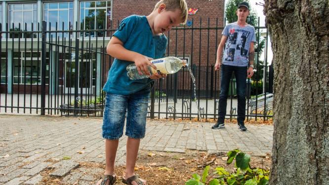 Deskundigen over verplicht water: 'School moet zich bescheiden opstellen'