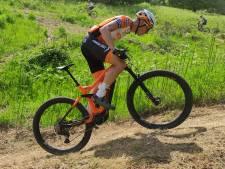 Leuthse mountainbiker Van Eck verovert zilver op WK