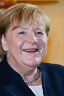 Angela Merkel reçoit du roi Philippe la plus haute distinction honorifique belge