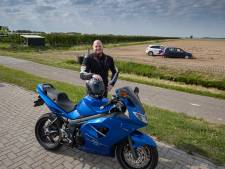 Dukes of Hazzard-achtervolging in Luttelgeest; politie rijdt vluchtende automaniak klem op boerenakker