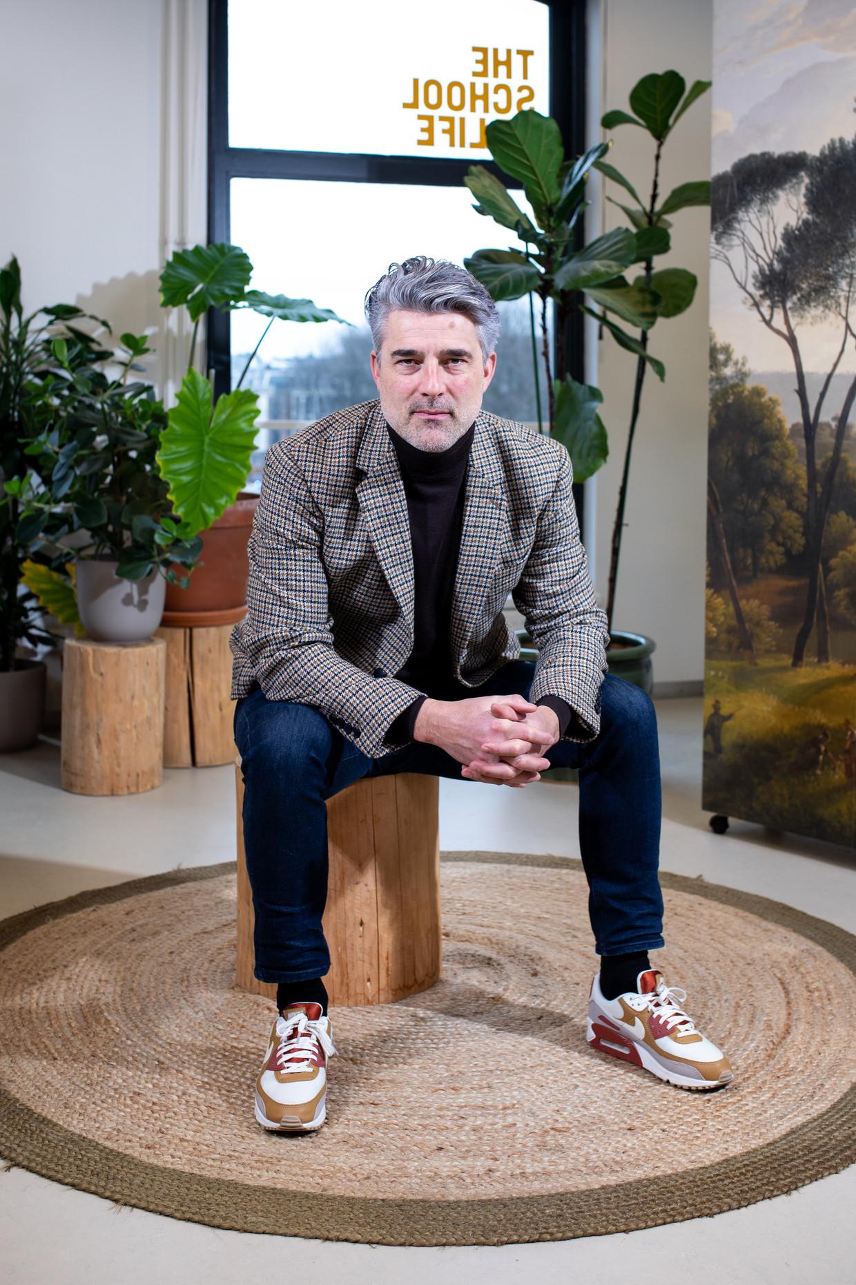 Laurens Knoop: 'Als ik langs Pasta e Basta loop, moet ik denken aan een mooi lied van Zucchero én krijg ik buikpijn.' Beeld Nosh Neneh