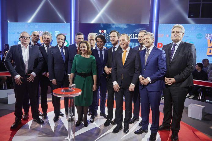 Marianne Thieme tussen de mannen tijdens een lijsttrekkersdebat.