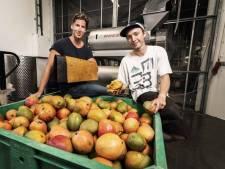 Deze afgedankte mango's zitten straks misschien wel verwerkt in jouw nieuwe sneakers of tas