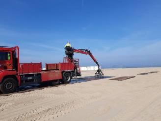 Opbouw startzone WK tijdrijden op strand Knokke gestart