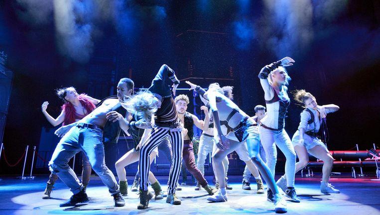 De musical Sky stopte in juni, waardoor de cast een half jaar zonder inkomen kwam te zitten Beeld Deen van Meer