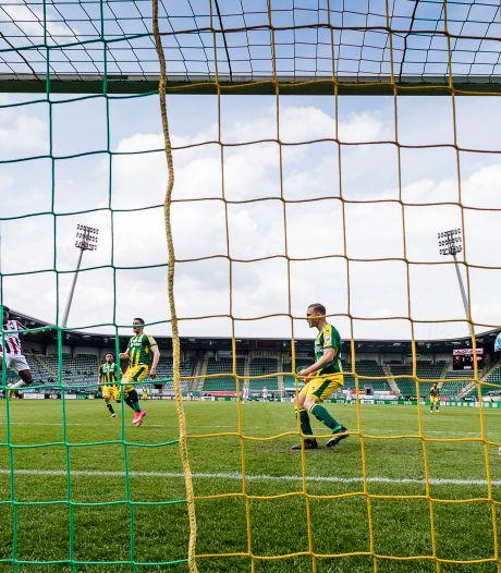 Ché Nunnely: 'Het was een makkelijke kopbal, het doel was leeg'