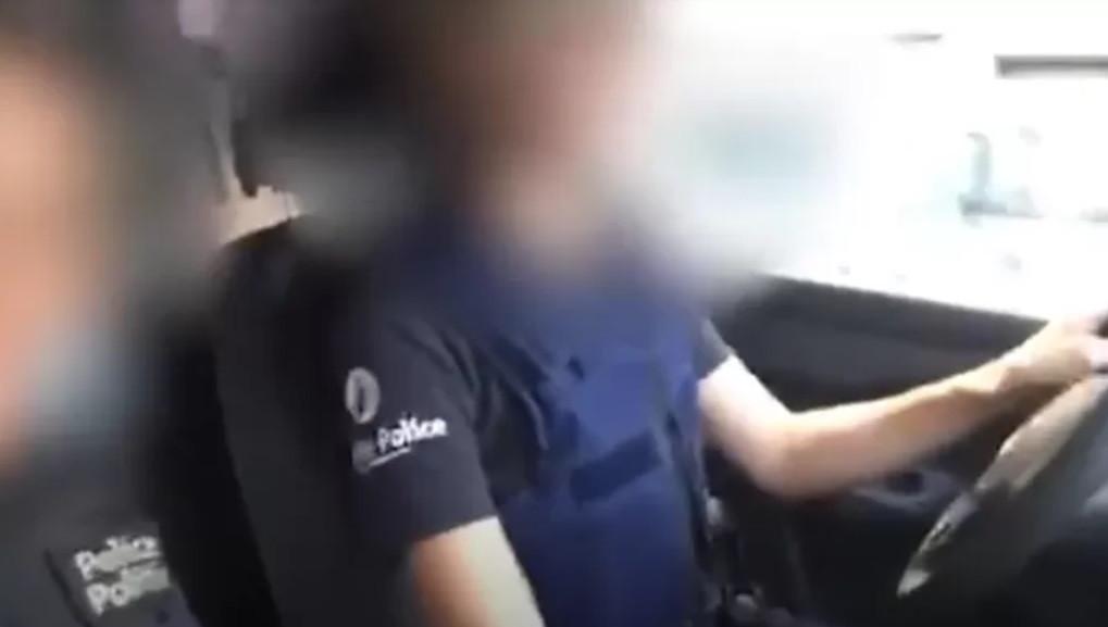 Les images des deux policières avaient suscité de nombreuses réactions.