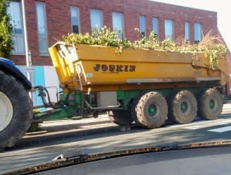 """""""Chaos en gevaarlijke situaties door vele school- en zwaar verkeer"""": bewoners Peperstraat vragen oplossing"""
