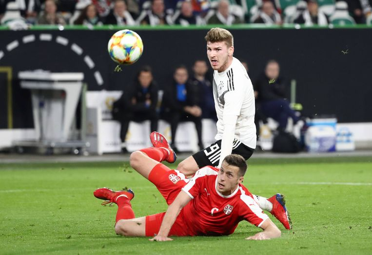 De Duitse aanvaller Timo Werner tijdens een interland tegen Servië in maart. Werner is één van de troeven in het nieuwe spel dat bondscoach Löw nastreeft. Beeld BSR
