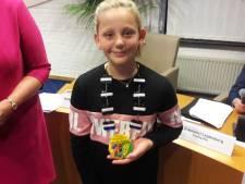 Kristy (10) officieel eerste kinderburgemeester van Tubbergen