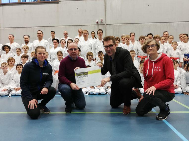 De Karate Club Brugge valt in de prijzen.