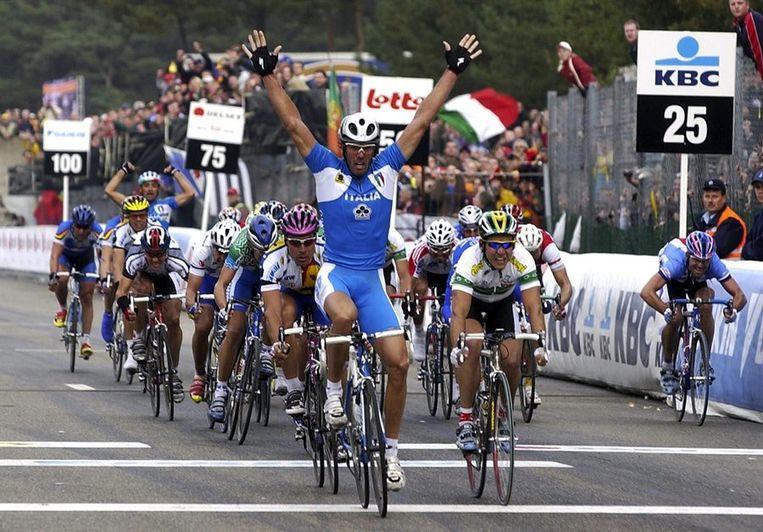 Cipollini wint het WK in het Belgische Zolder. Beeld epa