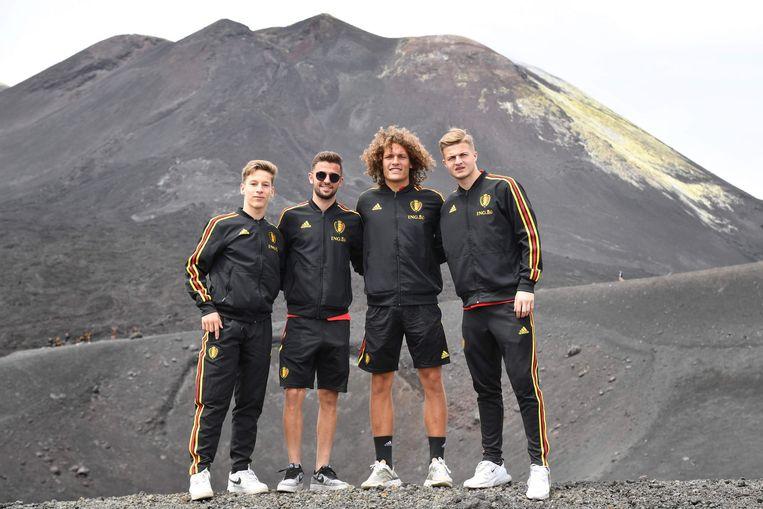 Eerder deze week maakten de jonge Duivels een toertje op de Etna. Dat leverde mooie en grappige plaatjes op.