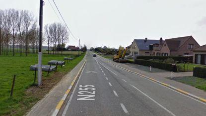 Tot 22 november verkeershinder Ninoofsesteenweg door aanleg glasvezelkabel