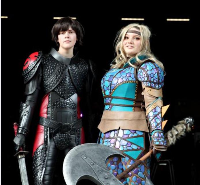 Twintig fanatiekelingen namen zaterdag deel aan een cosplaywedstrijd, waarbij ze met kostuums en accessoires een gamepersonage uitbeeldden.