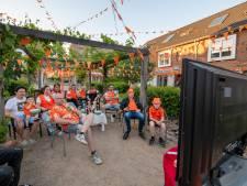 Apeldoornse Ravenweg vertrouwt op Oranje, achter tweedehands plasma-tv