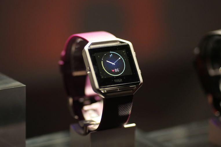 Een Fitbit, een horloge dat tevens dienst doet als veredelde stappenteller.  Beeld ANP