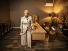 Uitvaartondernemer Karen Hof (54) uit Boekelo: 'Rouwplechtigheid snel van corona ontdoen'