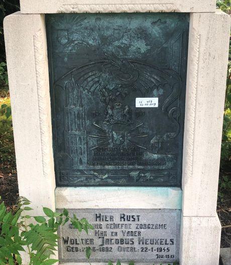 Dit is waarom er een sticker zit op het graf van een Utrechtse verzetsman