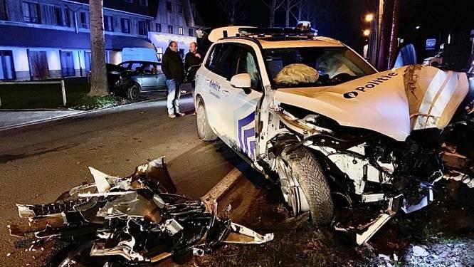 Zware tol bij crash met politiewagen in Knokke: twee politiehonden laten het leven, vijf personen naar ziekenhuis