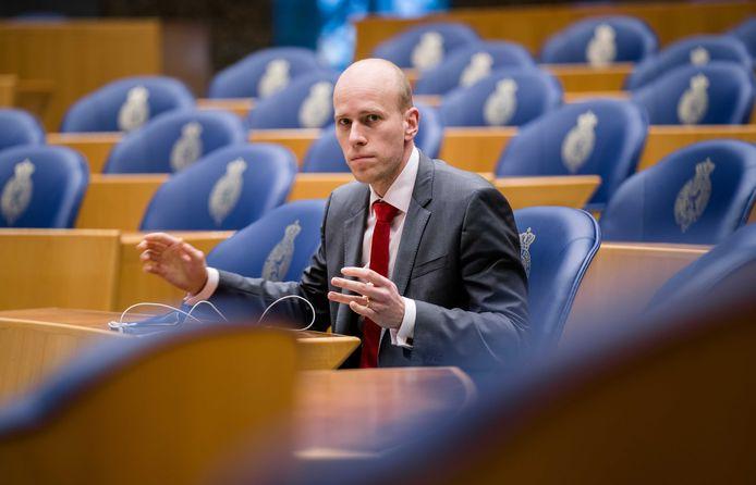 VVD'er Daniel Koerhuis uit Raalte zet zich al lange tijd in om de woningnood te bestrijden. Eerder had hij al succes in Arnhem en Nijmegen, nu heeft hij een woondeal te pakken voor Zwolle, Deventer en Apeldoorn.