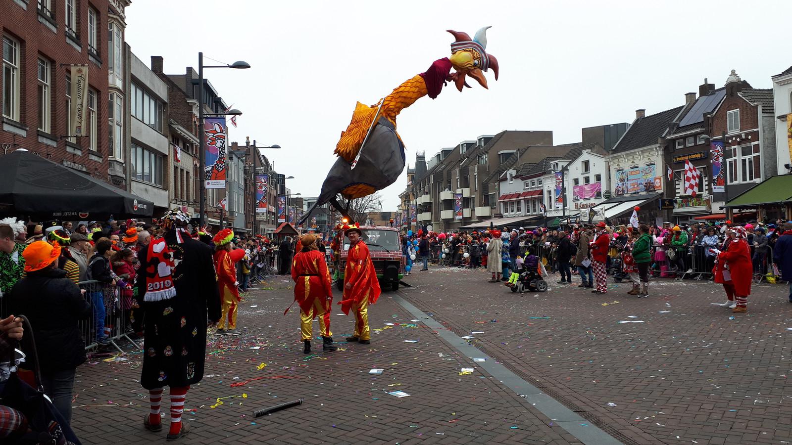 De optocht van Tullepetaonestad is een van de hoogtepunten van het Roosendaalse carnaval.
