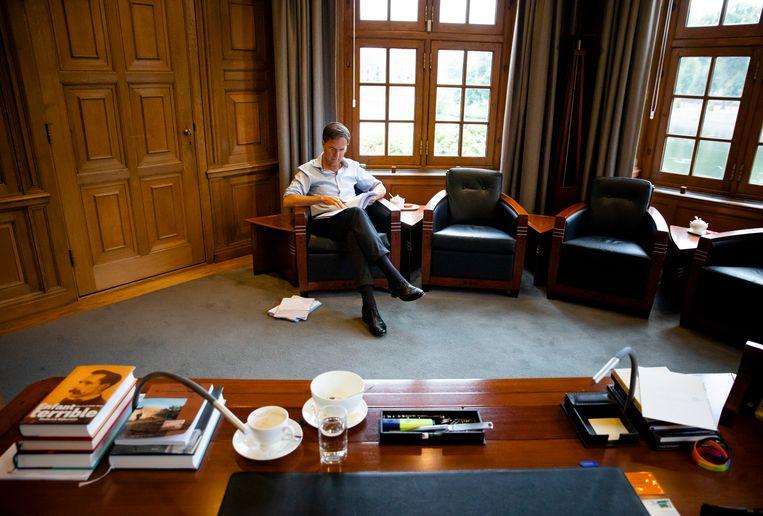 Minister-president Mark Rutte bereidt zich in het Torentje voor op de Algemene Politieke Beschouwingen, september 2019. Beeld Hollandse Hoogte /  ANP